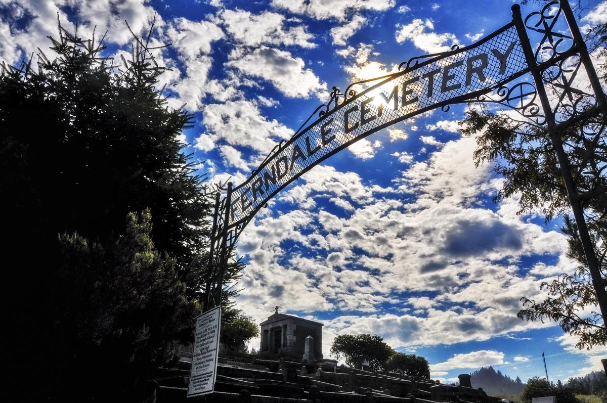 Ferndale Cemetery Entrance
